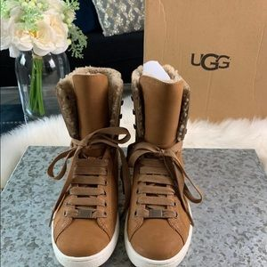 6ed151071ca New UGG Women's Starlyn Winter Leather Boot 7 NWT